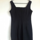 Czarna mała mini klasyka M L długa wąska elegancka