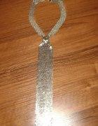 srebrny krawat...