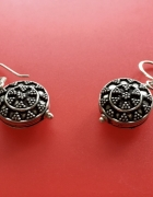 Indyjskie kolczyki srebrne zdobione...