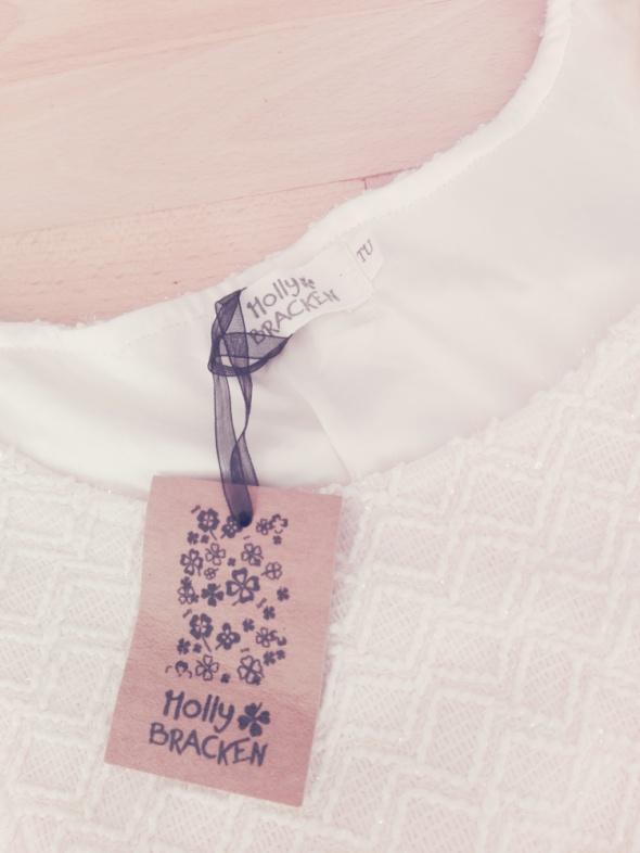 NOWA nieuzywana sukienka kremowa z paskiem plisowana S