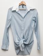 Błękitna biała koszula cienka bawełniana z kołnierzykiem Bershk...