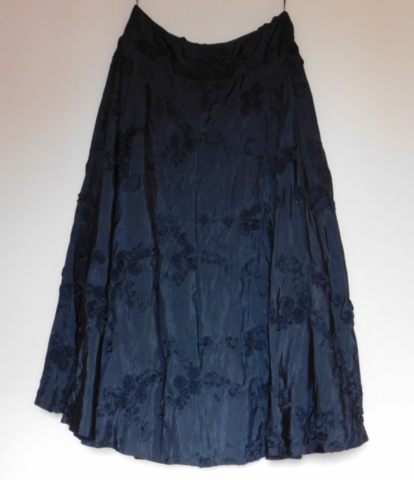 Spódnice Phase Eight czarna długa rozkloszowana spódnica 42