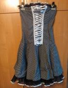 elegancka sukienka gorsetowa