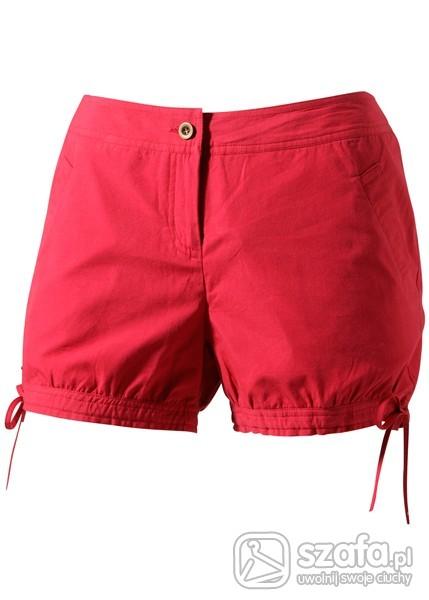 Spodenki szorty w kolorze czerwonym
