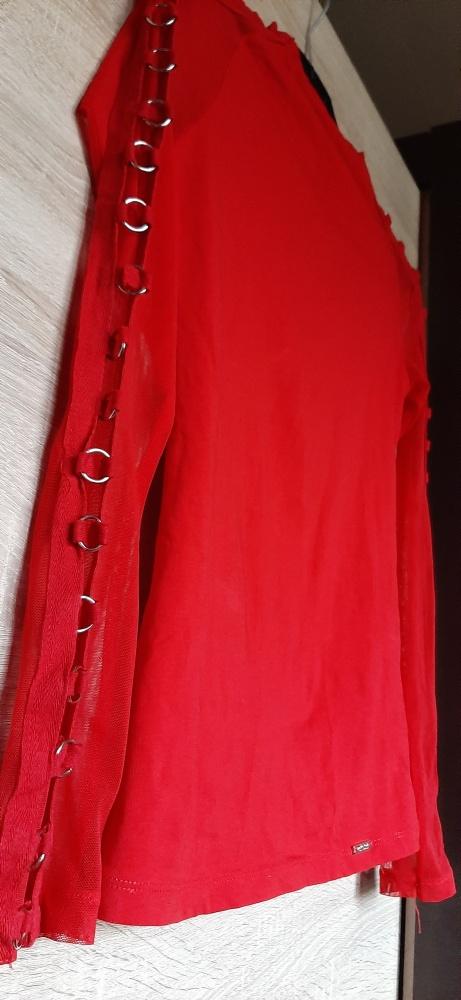 Czerwona bluzka golf siatka kółeczka sexy