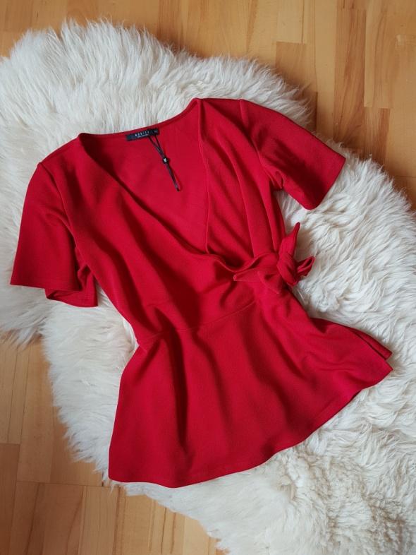 Czerwona bluzka Mohito XS...