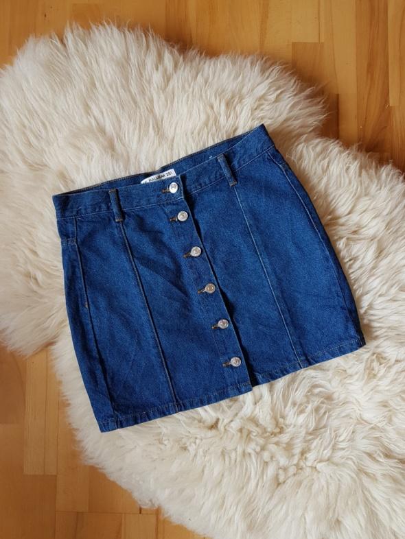 Spódnice Dżinsowa spódnica Pull Bear Na guziki