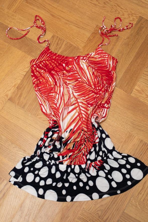 Bluzki Bershka piękna koszulka tunika na ramiączka parisian