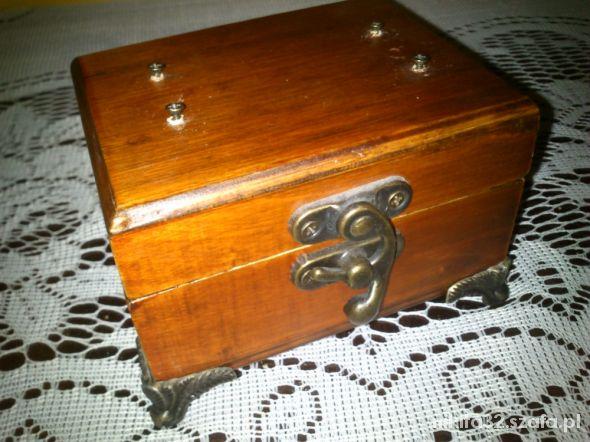 Limitowana szkatułka Queen Isabell