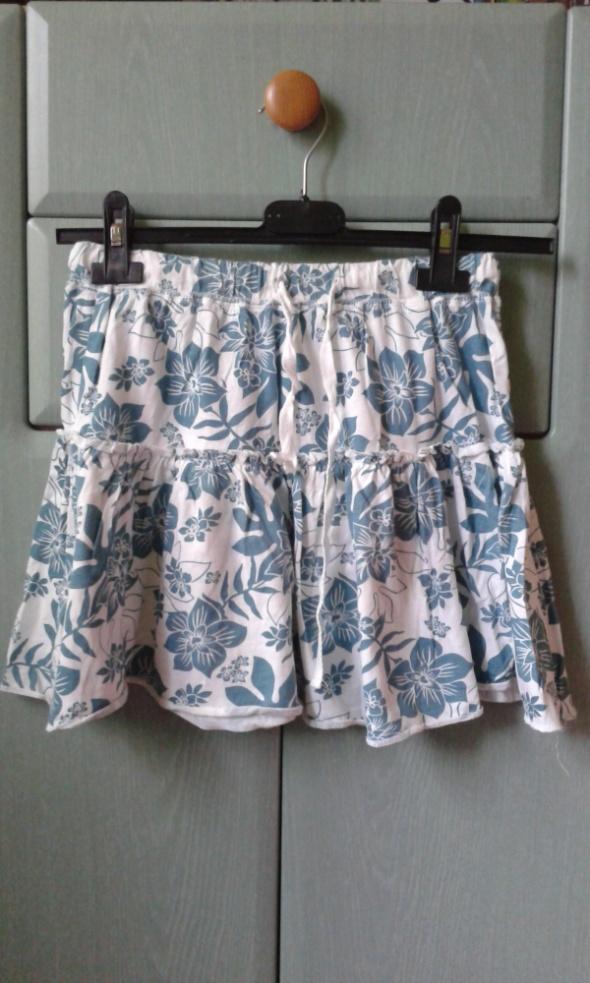 Spódnice Śliczna spodniczka w kwiaty