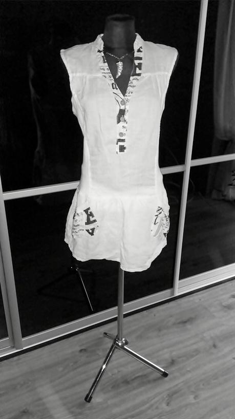 Subtelna Nowa biała sukienka tunika