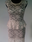 Sukienka koronkowa z baskinka...