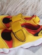 Nike 385