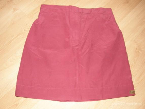 Sukienki i spódniczki SPORTOWA spódniczka r 128 134cm