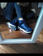 Sneakersy granatowe 37