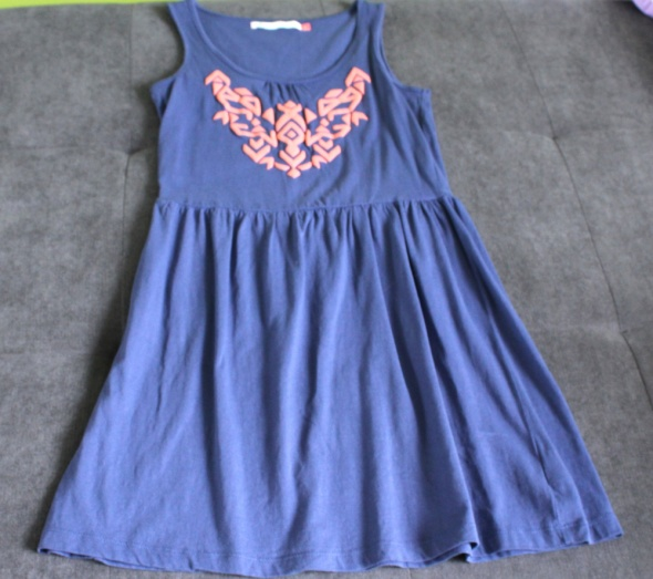 Sukienka niebieska House