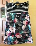mini sukienka tuba w kwiatki...