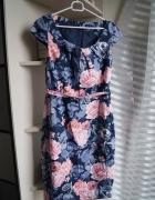 Sukienka w kwiatki M Mohito...