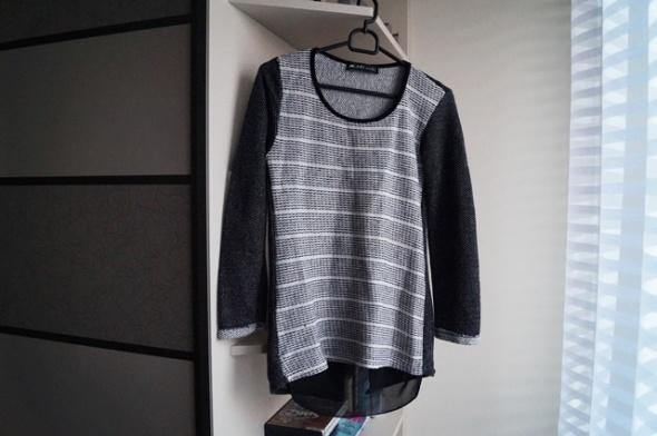Sweterek z mgiełką S