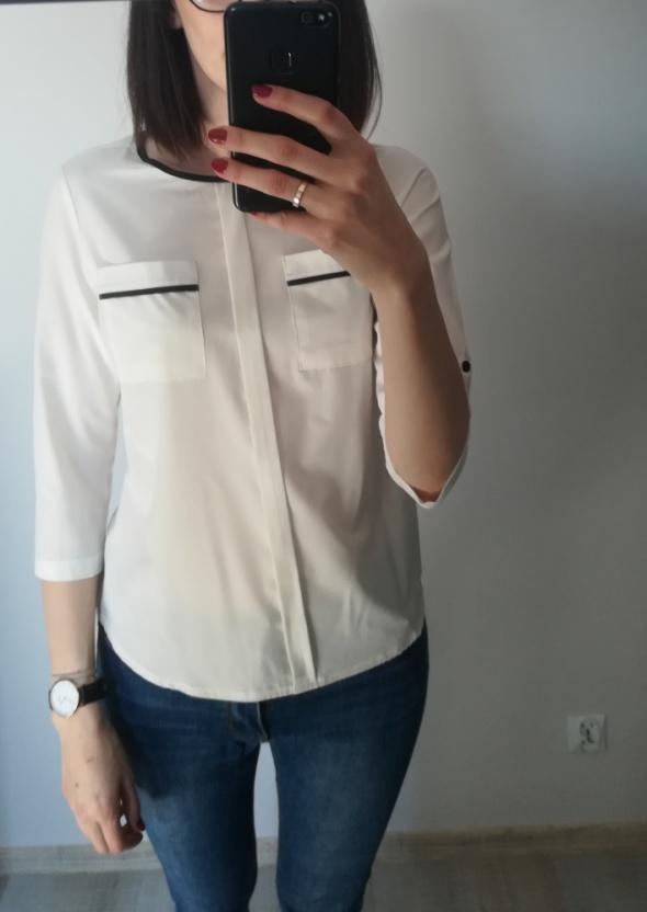 Bluzki Biała bluzka z czarną lamówką
