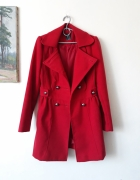 Czerwony elegancki plaszcz...