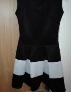 Czarno Biała sukienka z zakładkami