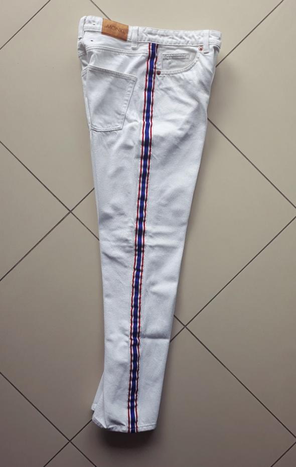 Nowe białe spodnie mom jeans Monki rozmiar S...