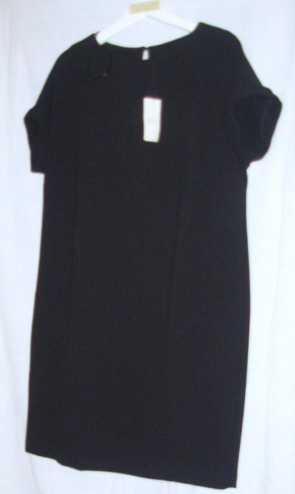Sukienka PAPAYA 40...