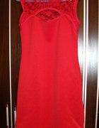 czerwona sukienka z koronką M