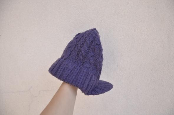 Nakrycia głowy ROTATE 180 ciepła czapka z daszkiem fioletowa