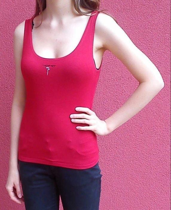 Czerwony top bokserka koszulka bluzka bez nadruku