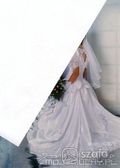 Suknie ślubne Śliczna suknia ślubna z trenem