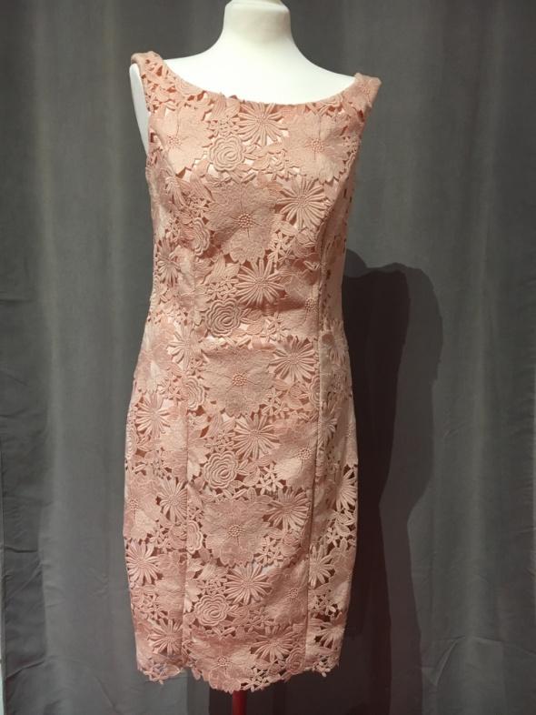 Sukienka nowa r40 kolor brzoskwiniowy...