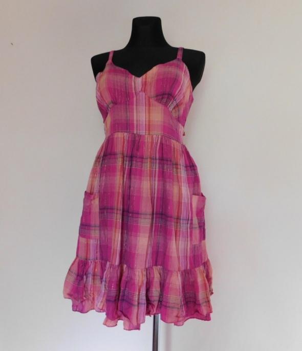 Evie różowa sukienka w kratkę 38