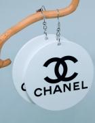Kolczyki duże drewniane malowane koła napis chanel...