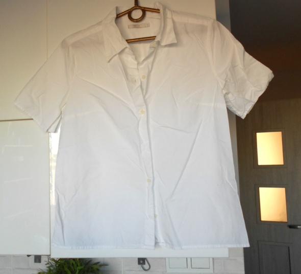 COS biała koszula krótki rękaw minimalizm