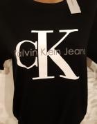 Tshirt Calvin Klein nowy rozmiar 42...