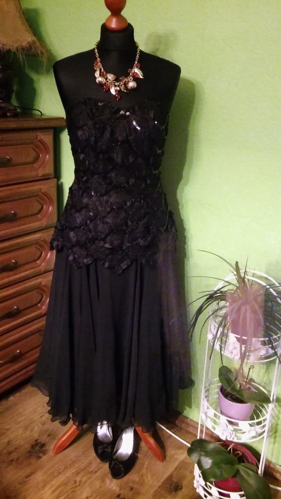 Czarna gorsetowa sukienka na bal 36 38