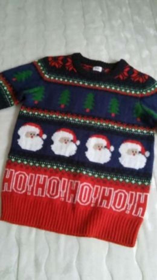 Świateczny sweter w mikołaje 146