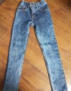 Jeansy chłopięce F&F 128...