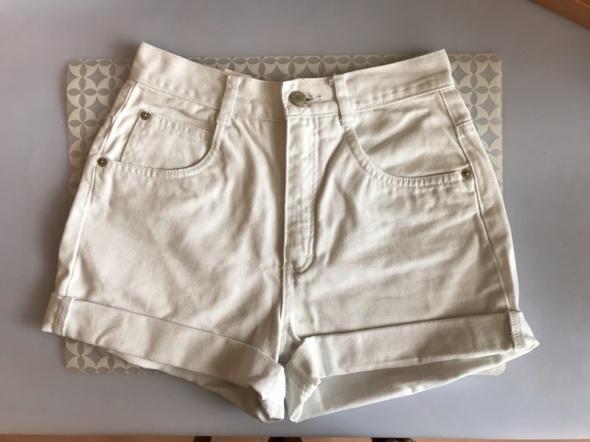 Spodenki Białe jeansowe szorty spodenki jak Levis Esprit XS 34