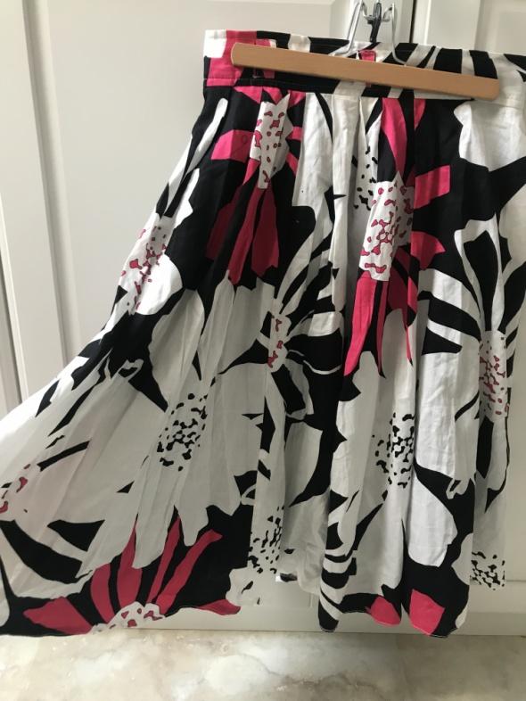 Spódnica kwiatowy nadruk z podszewką z tiulu print...