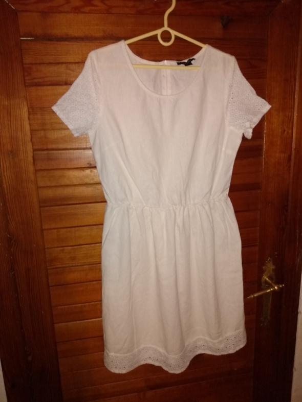 Suknie i sukienki Sukienka z ażurem Esmara roz 42
