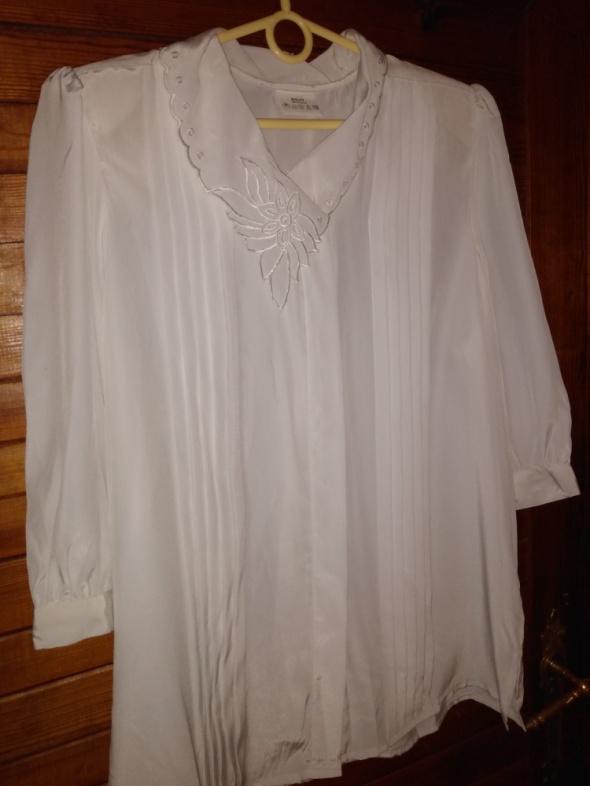 Biała bluzka z haftowanym kołnierzykiem roz 40 42