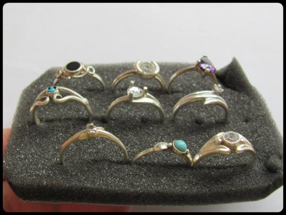 Srebrne pierścionki przeróżne wzory rozmiary ok 11 12 13