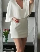 Oh My Love biała sukienka peleryna L