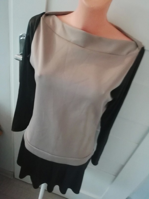 sukienka capuccino falbana wstawki eko skórka S M