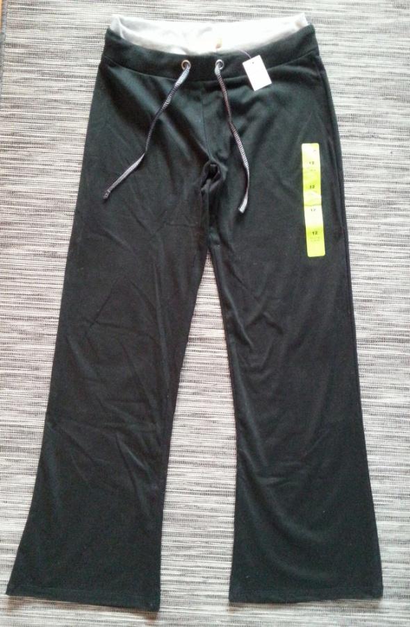 Spodnie Nowe czarne spodnie dresowe L Primark
