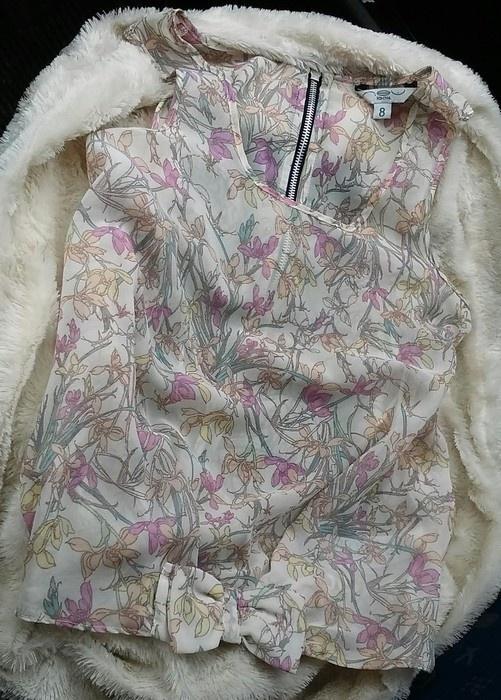 Bluzka mgiełka w kwiatki kokardka new looK 36 zip
