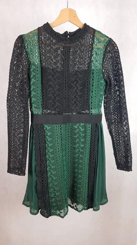 Nowa piękna sukienka czarno zielona M L plisy koronka